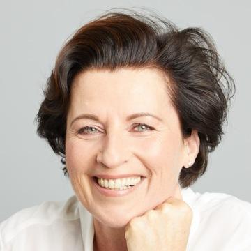Speaker - Eva Maria Zurhorst
